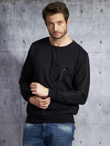Czarna bluza męska z kieszenią