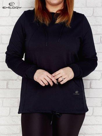 Czarna bluza oversize z kapturem