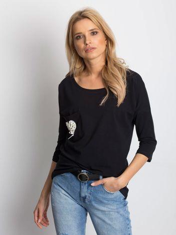 Czarna bluzka z serduszkiem z perełek