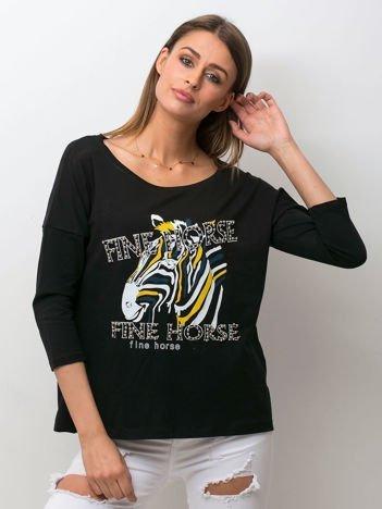 Czarna bluzka z zwierzęcym nadrukiem i perełkami