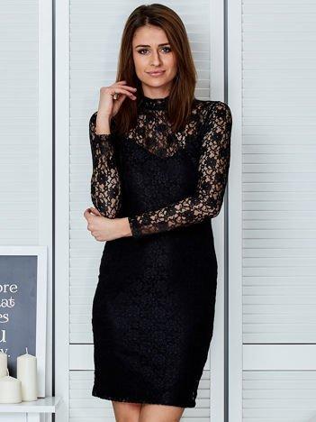 Czarna elegancka koronkowa sukienka