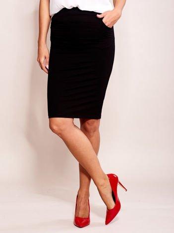 Czarna elegancka spódnica ołówkowa z kieszeniami