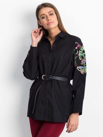 Czarna koszula z haftowanymi rękawami