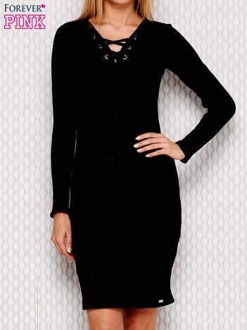 Czarna prążkowana sukienka lace up