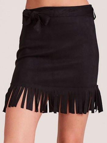 Czarna spódnica z frędzlami