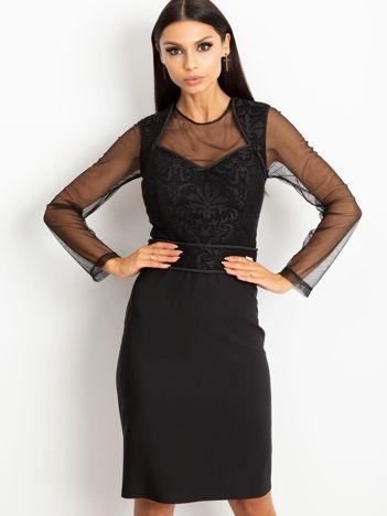 Czarna sukienka Moment