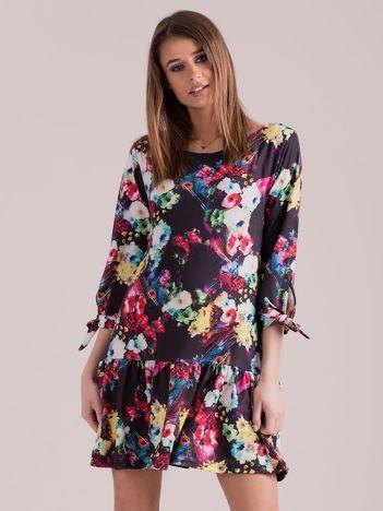 Czarna sukienka floral print z wiązanymi rękawami