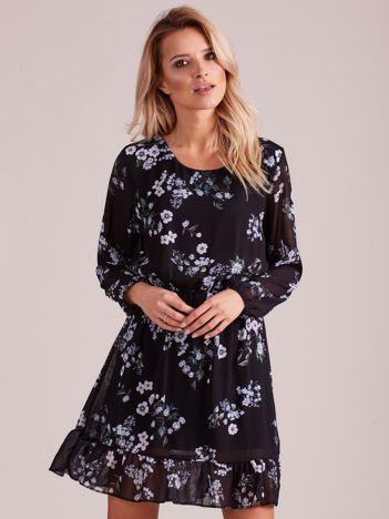 Czarna sukienka w kwiaty z falbaną