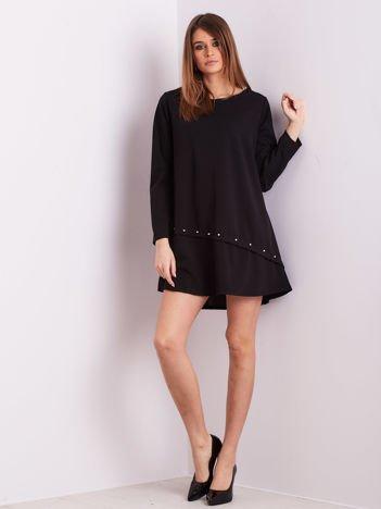 Czarna sukienka z diamencikami