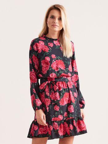Czarna sukienka z falbaną w kwiaty
