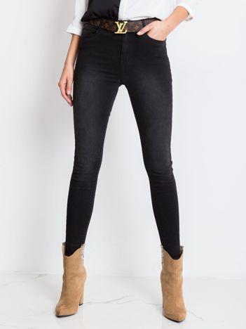 Czarne jeansy Beauty