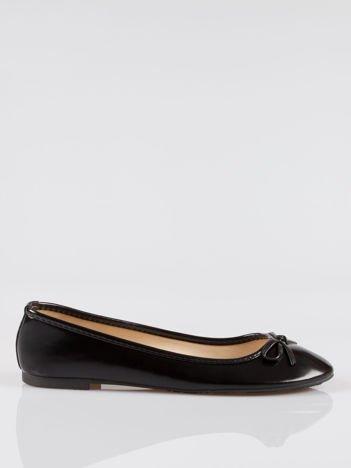 Czarne klasyczne lakierowane baletki faux polish leather z kokardką
