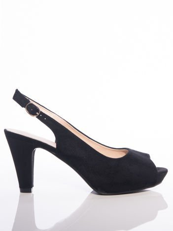 Czarne sandały Sabatina na słupku