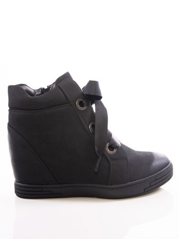 Czarne sneakersy Vinceza z ozdobnym sznurowaniem tasiemkami