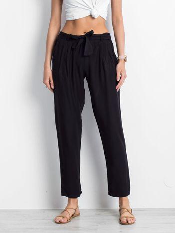 Czarne spodnie Bespoke