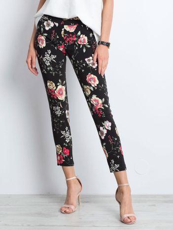 Czarne spodnie Flowery