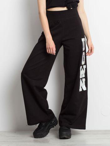 Czarne spodnie Sensation