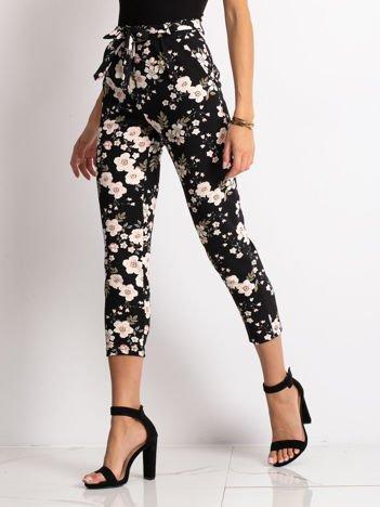 f72faa1c6036c6 Spodnie damskie, tanie i modne spodnie dla kobiet – sklep eButik.pl