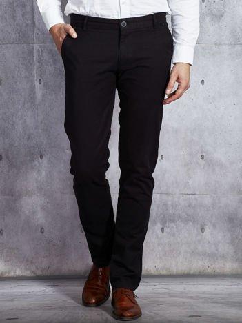 Czarne spodnie męskie o prostym kroju