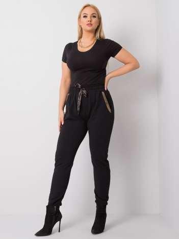 Czarne spodnie plus size Ericca