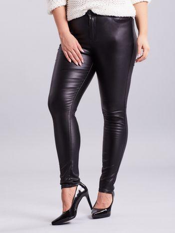 Czarne woskowane spodnie skinny PLUS SIZE