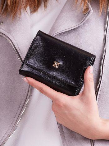 Czarny damski portfel z ekoskóry