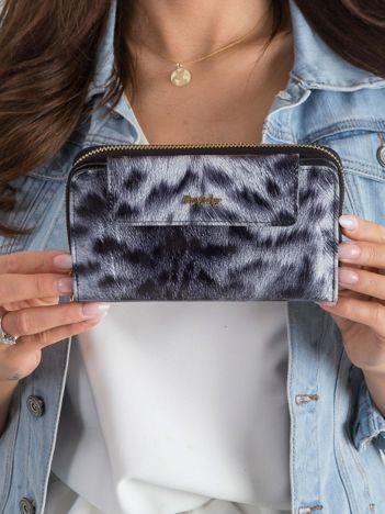 Czarny damski portfel z motywem zwierzęcym