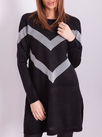 Czarny długi sweter z błyszczącym wzorem