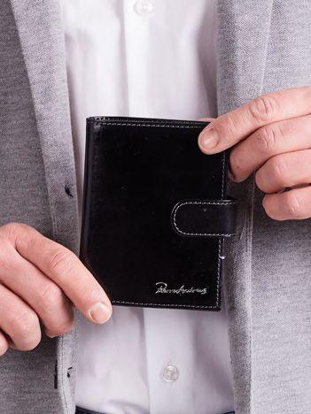 Czarny elegancki męski portfel skórzany