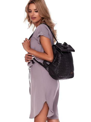 Czarny plecak damski z eko skóry z plecionką i ażurowaniem