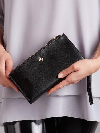 Czarny poziomy portfel z uchwytem