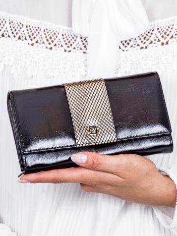 Czarny skórzany portfel z ozdobną wstawką