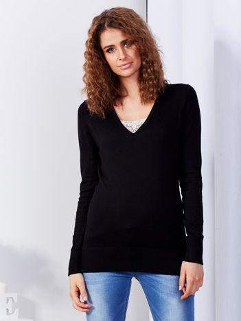 Czarny sweter V-neck