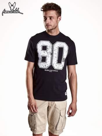 Czarny t-shirt męski z nadrukiem cyfr