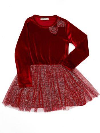 Czerwona aksamitna sukienka dla dziewczynki