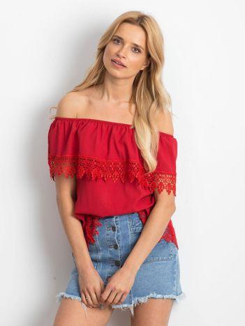 Czerwona bluzka Having