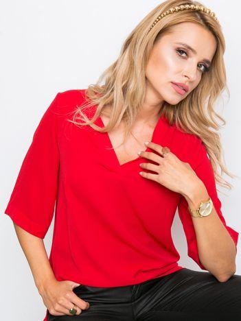 Czerwona bluzka Hidden