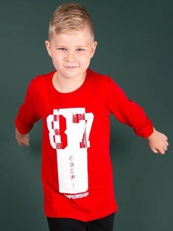 Czerwona bluzka dla chłopca z printem