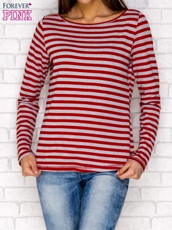 Czerwona bluzka w paski