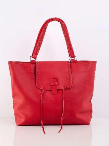 Czerwona duża miejska torba