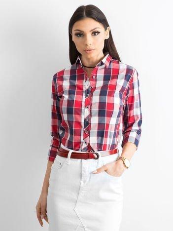 Czerwona koszula damska w kratę