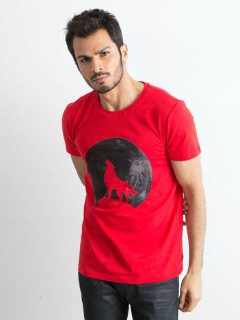Czerwona koszulka męska z nadrukiem