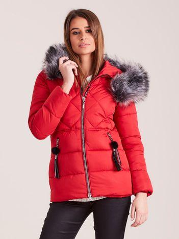 Czerwona kurtka zimowa z futerkiem