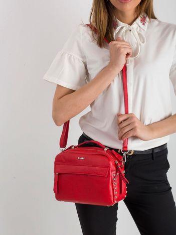 Czerwona mała torebka ze skóry