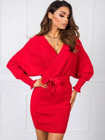 Czerwona sukienka Keira