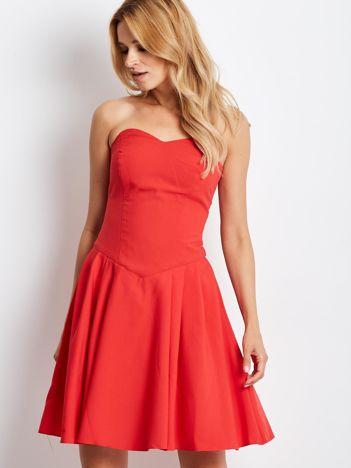 Czerwona sukienka damska z dekoltem serce