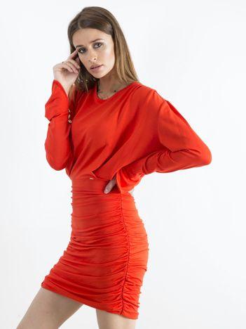 Czerwona sukienka z marszczeniem BY O LA LA