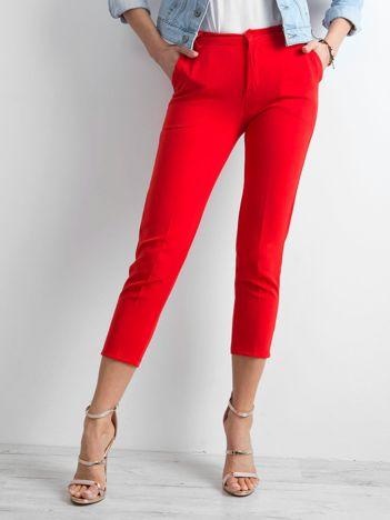 Czerwone cygaretki damskie