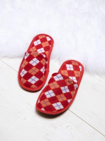 Czerwone damskie kapcie w geometryczne wzory