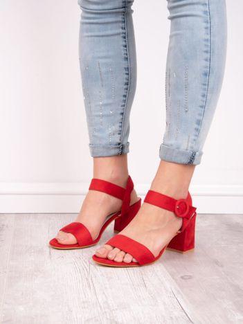 Czerwone sandały SABATINA na szerokim obcasie